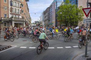 Einmal im Monat erobert die Critical Mass die Straßen für den Radverkehr