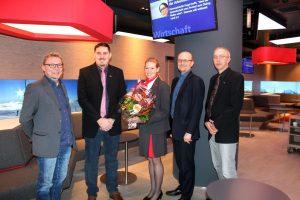 Von links: Norbert Derntl, Martin Fleischer, Vanessa Ebner, Christian Spanner und Stefan Reitboeck bei der Eröffnung der ÖBB-Lounge.